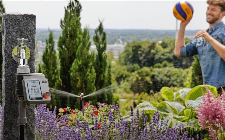 automatic irrigation header