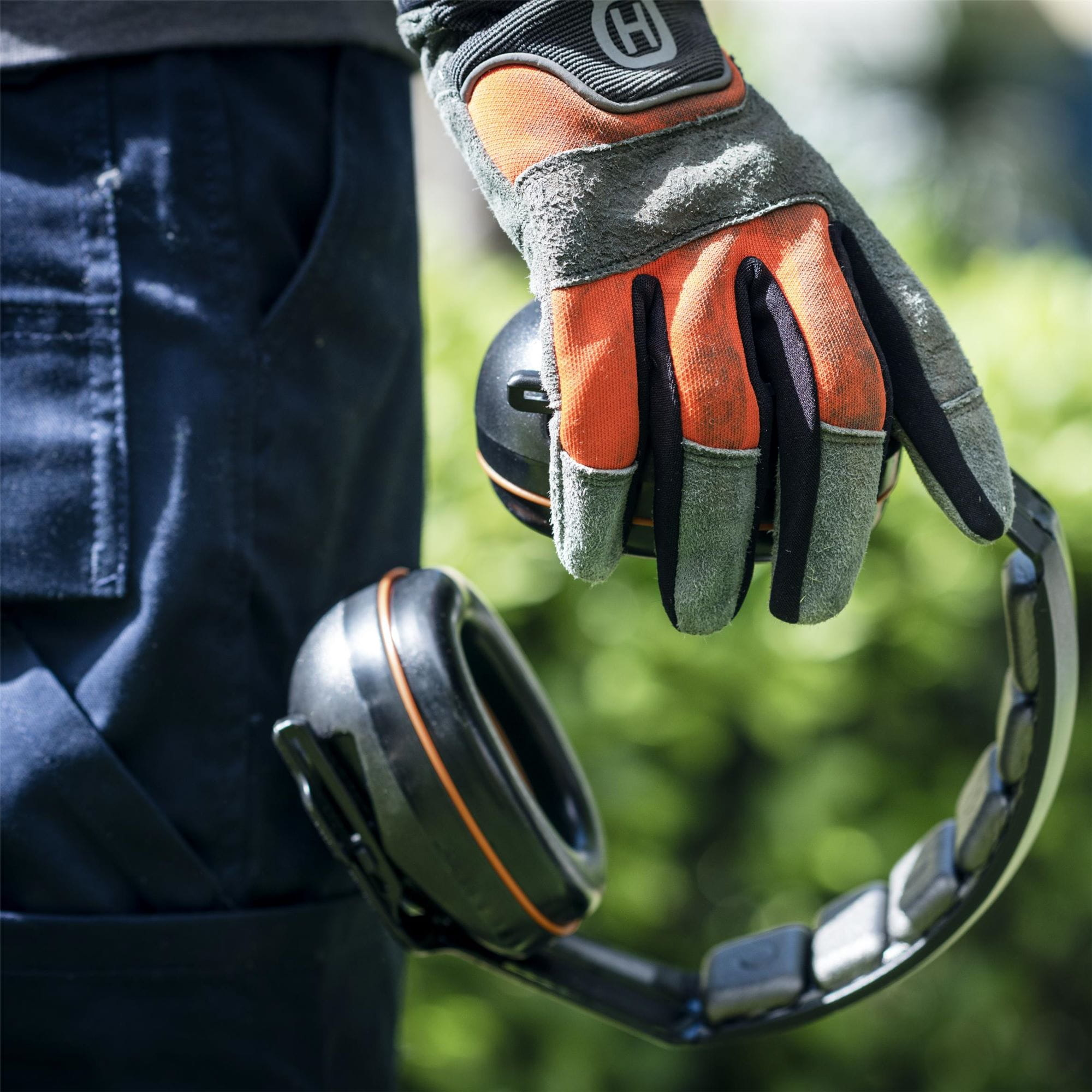 Gloves and hearing protection
