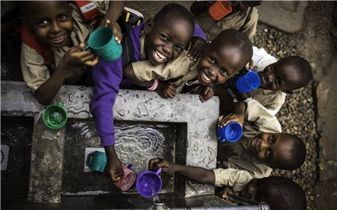 Fresh water during school break thanks to UNICEF