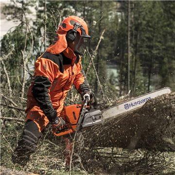 Chainsaw logger - Canada