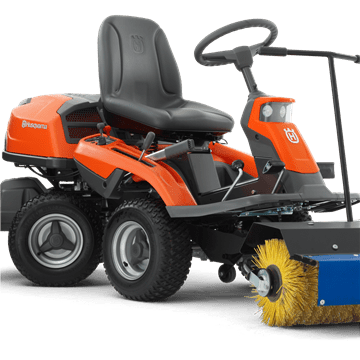 Rider 300 with broom and sprayguard