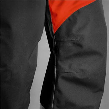 All weather trousers, technical with Gore-Tex, Pre-bent knee, reinforcement and logo