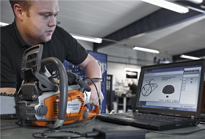 Service your Husqvarna product regularly