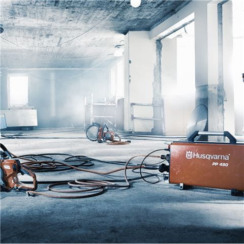 Efficient track sawing in thick reinforced concrete walls with high-frequency electric wall sawing system Husqvarna WS 482 HF