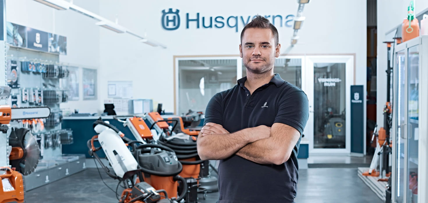 Husqvarna Construction salesman