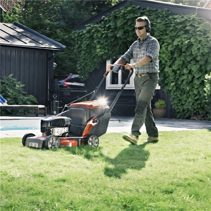 It's easy to get the perfect lawn length by adjusting your Husqvarna Mower