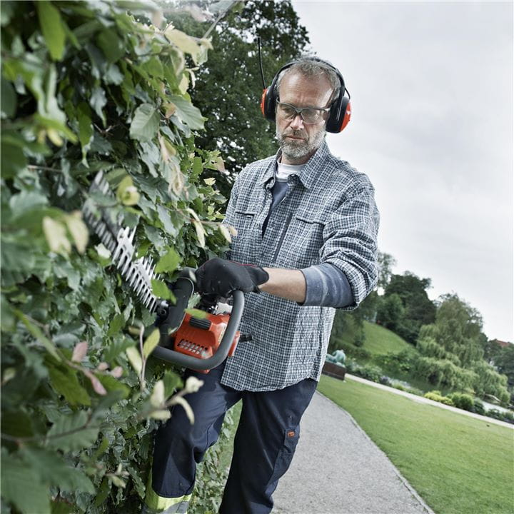 Husqvarna Hedge Trimmers are safe, all-round and comfortable to use