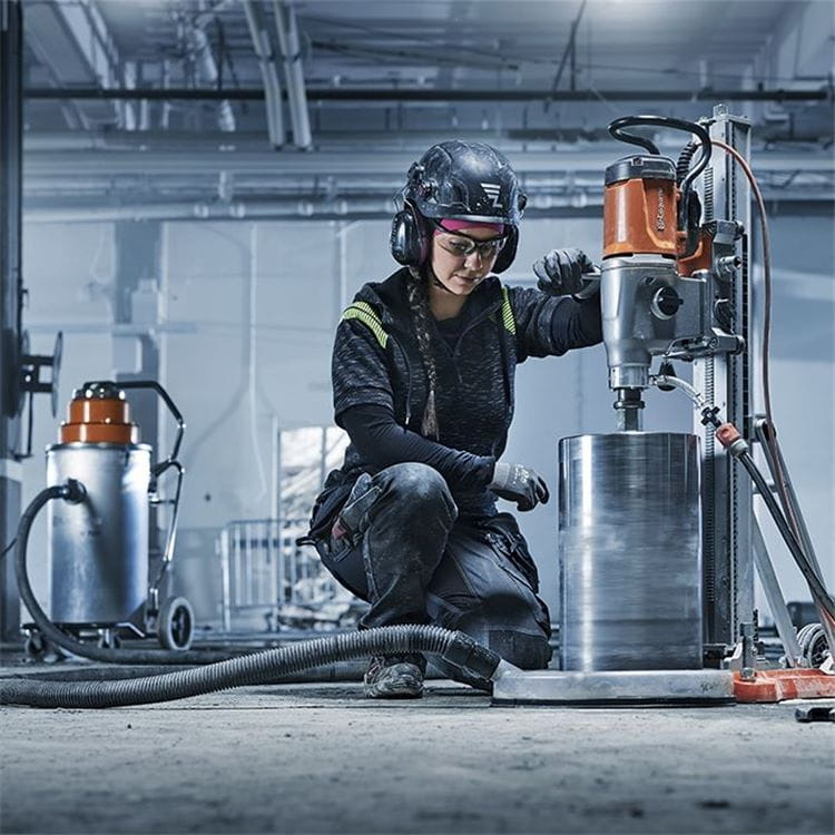 Husqvarna DM 400 drill motor series is part of a full drilling system with specially engineered accessories that let you get the most out of your workday.