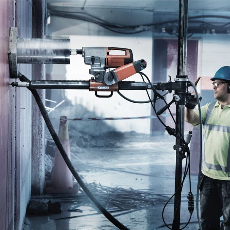 Husqvarna AD 10 automatic drill system and DS 50 Gyro drill stand is an excellent combination for efficient and effortless diamond core drilling of concrete.