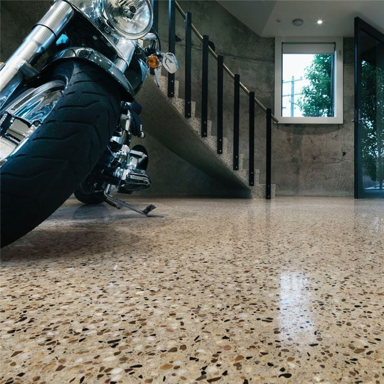 Husqvarna HiPERFLOOR™ maintenance-free polished concrete floor with spectacular beauty, strength and abrasion.