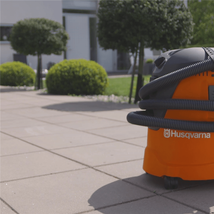 Wet and dry vacuum cleaner - how to film WDC 325L