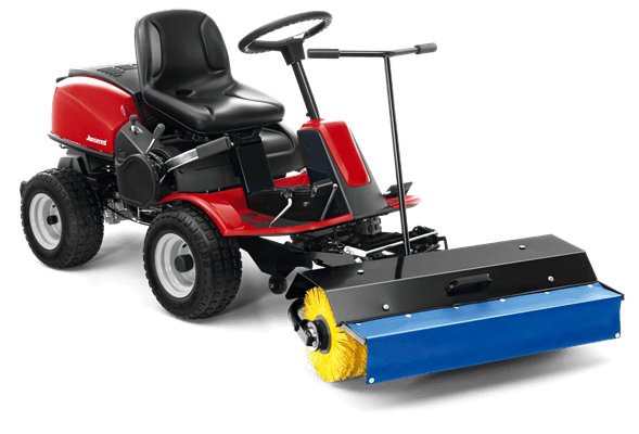 FA Frontrider with broom and spray guard