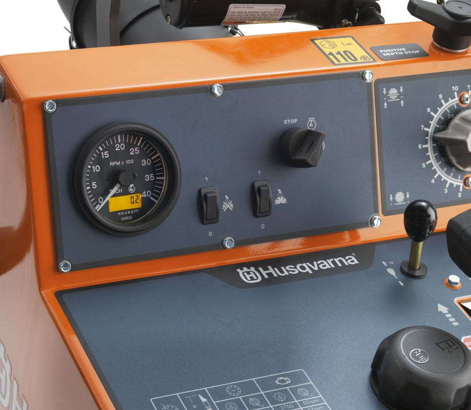 FS 3500 G tachometer, water safety switch