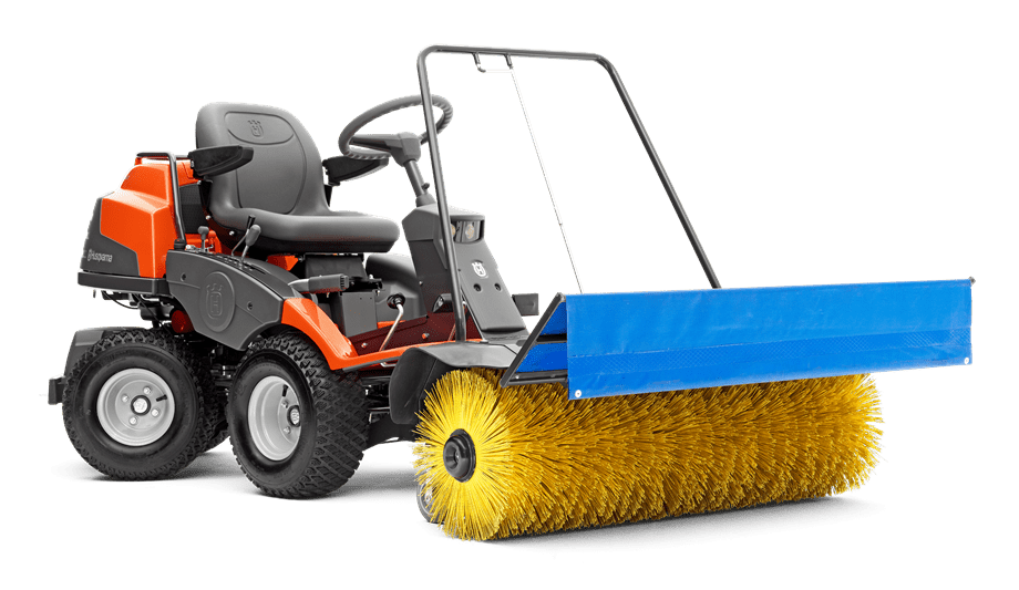 R 422 with broom