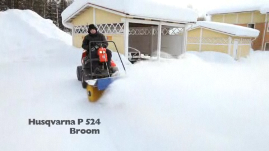 P 524 with broom