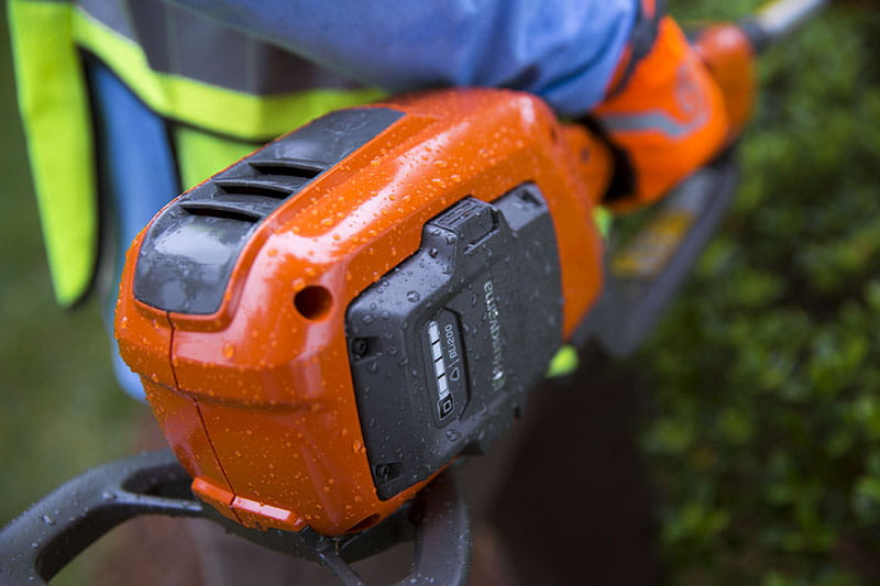 Husqvarna Battery Hedge Trimmer